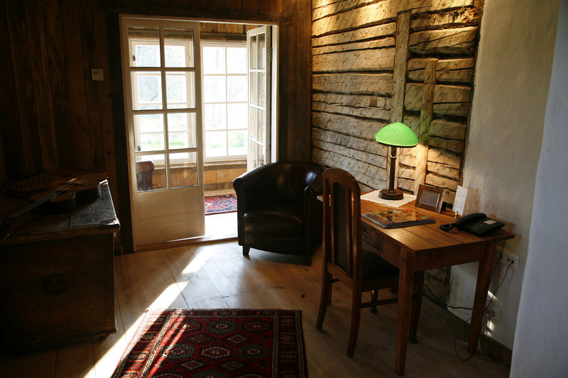Private Farm House - library