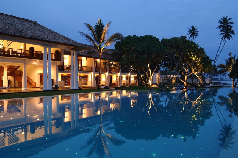 Stunning evening views from the Infinity Pool
