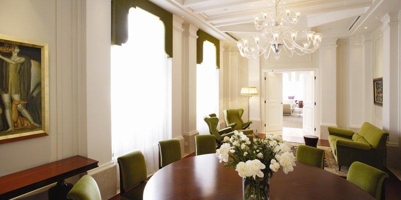 Murano Room