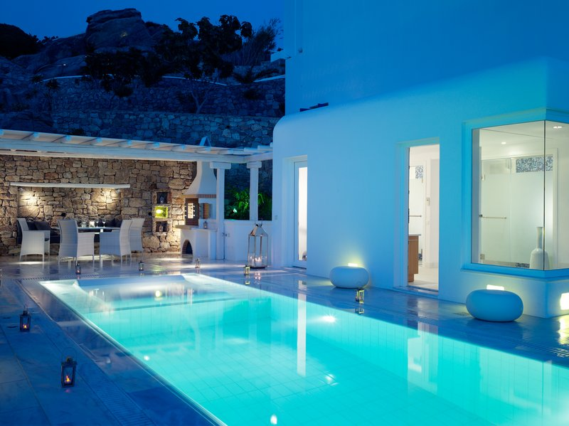 Grand Suite private pool area during Mykonos dusk