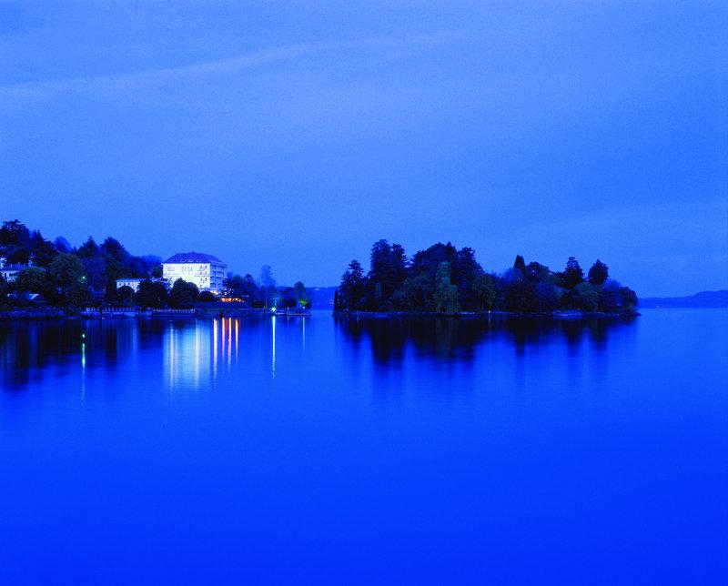 Grand Hotel Majestic by night