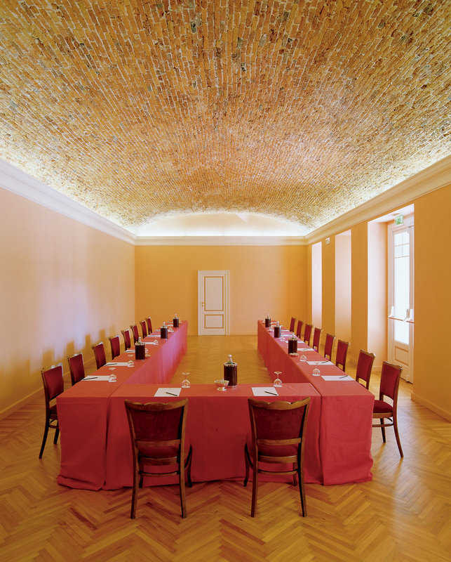 Meeting Room Rotary