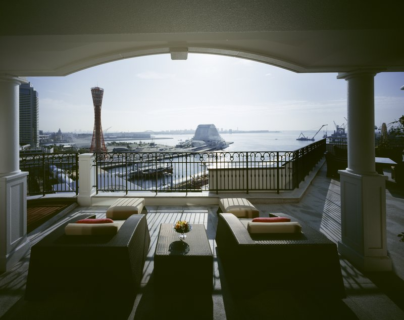 On Kobe's waterfront with stunning harbour views