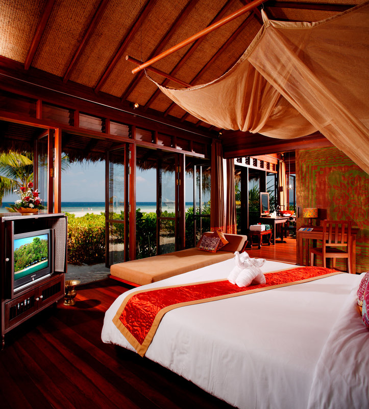 Beach Front Suite Bedroom
