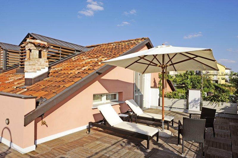 Top Floor Deluxe Suite Terrace