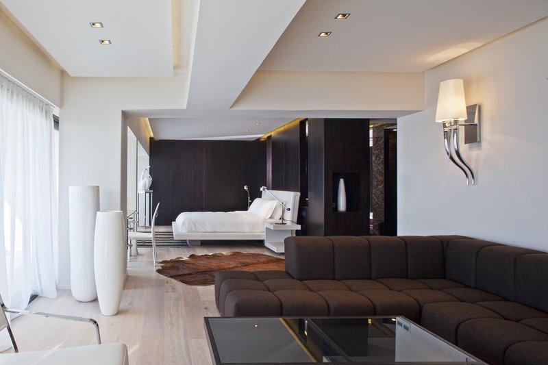 The Aqua Loft Suite