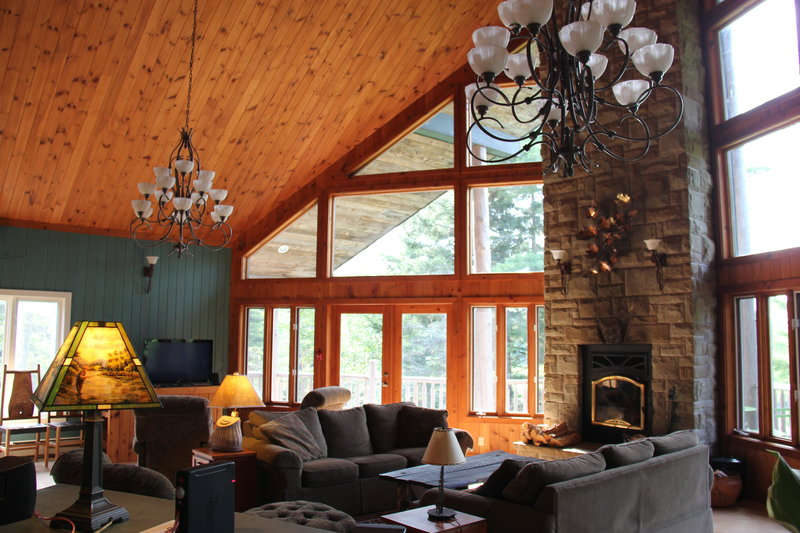 Beaver Hall Living Room with Fireplace