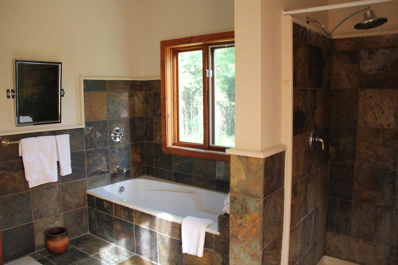Fireplace Junior Suite Bathroom