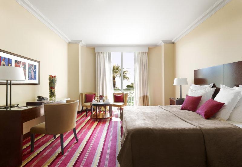 Exclusive Pine Park Room