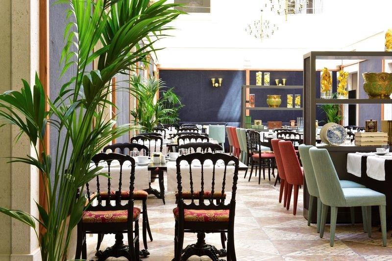 Amalia Courtyard - Breakfast Area