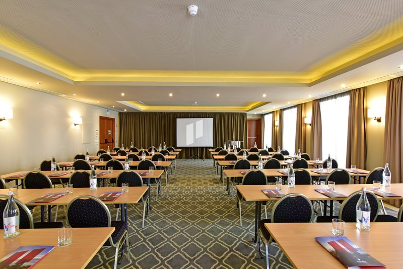 Meeting Room - Praça do Comercio