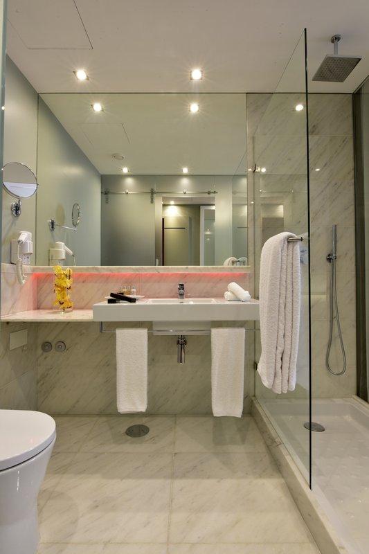 Bathroom  - Classic Room