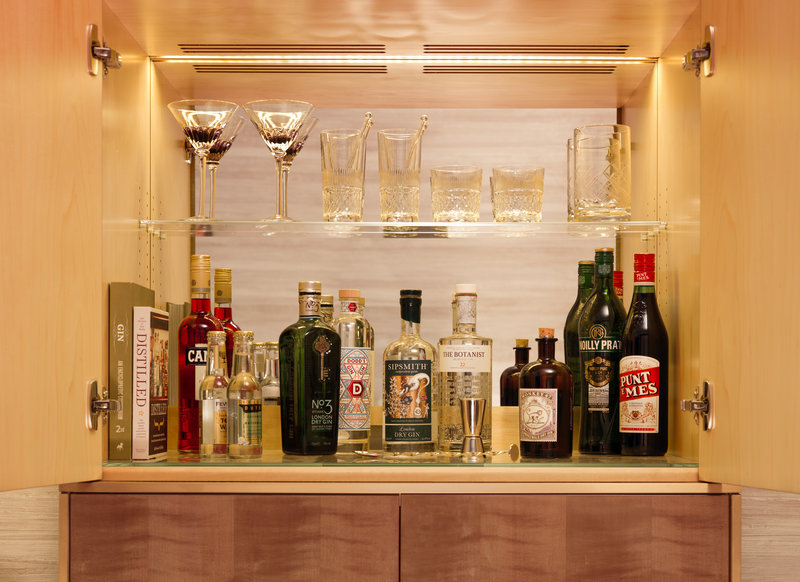 Honesty Gin Bar
