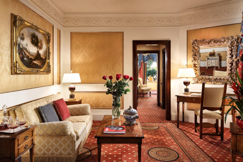 Villa Borghese Suite - Living Room