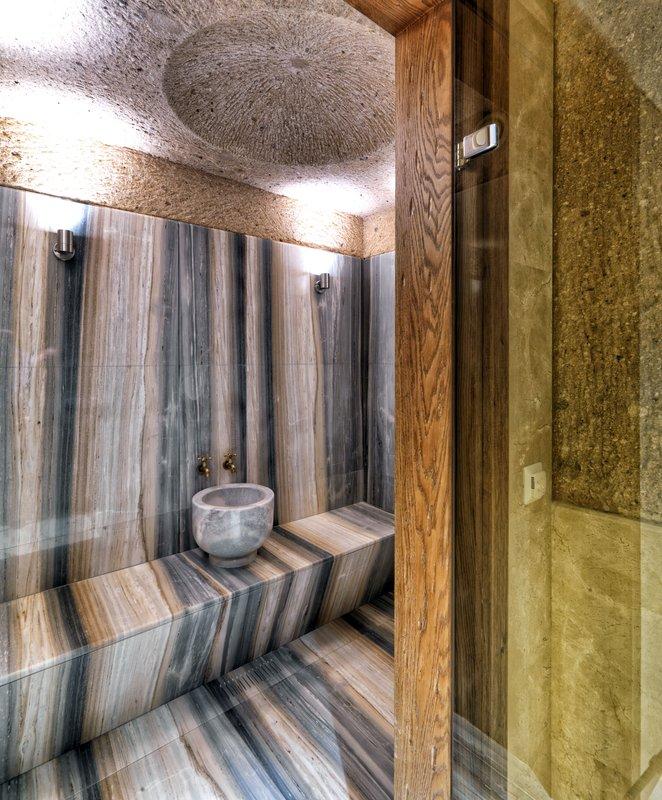 ARURU-King Suite with Spa