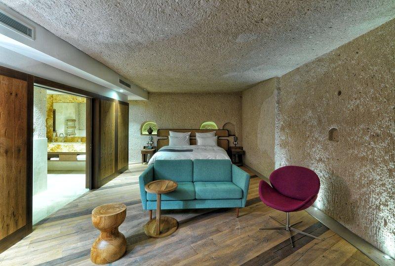 KAMRUSEPA-Deluxe Cave Suite