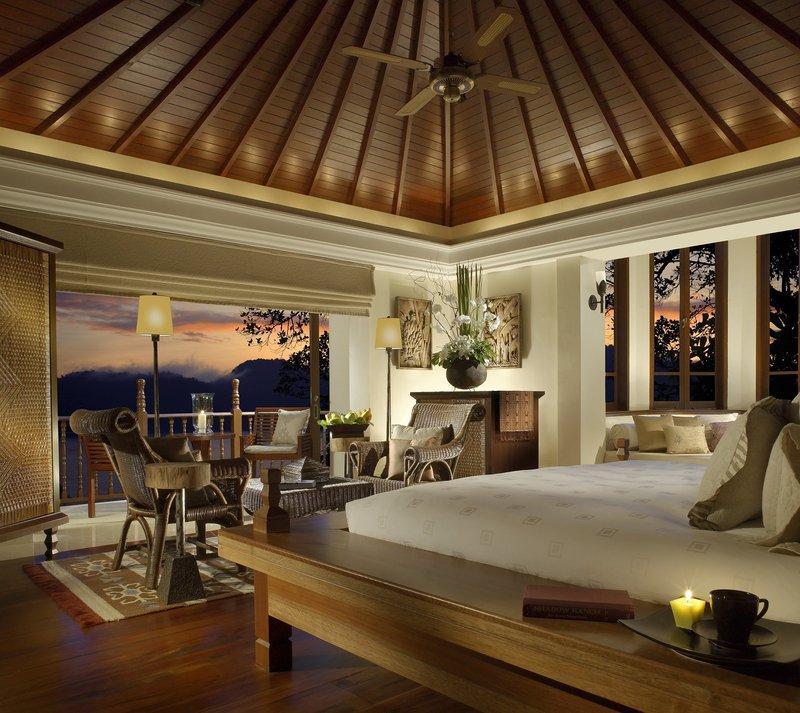 2 Bedroom Beach Front Estate - Bedroom