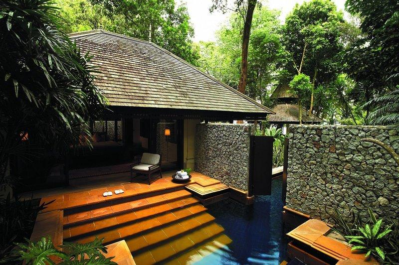 2 Bedroom Beach Front Estate - Pool