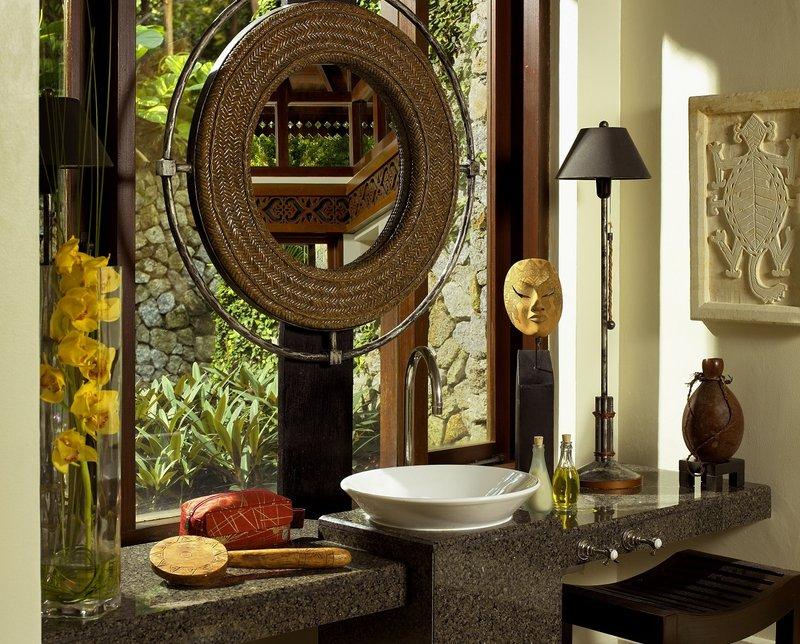3 Bedroom Hilltop Estate - Bathroom