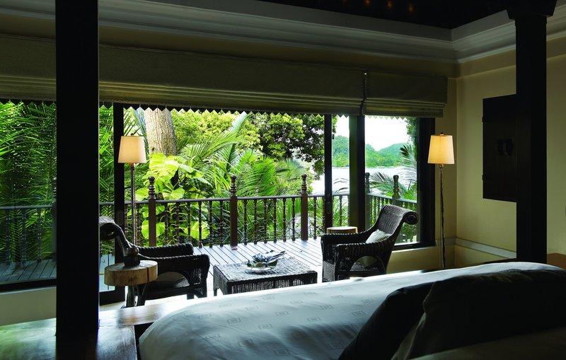 3 Bedroom Hilltop Estate - Bedroom