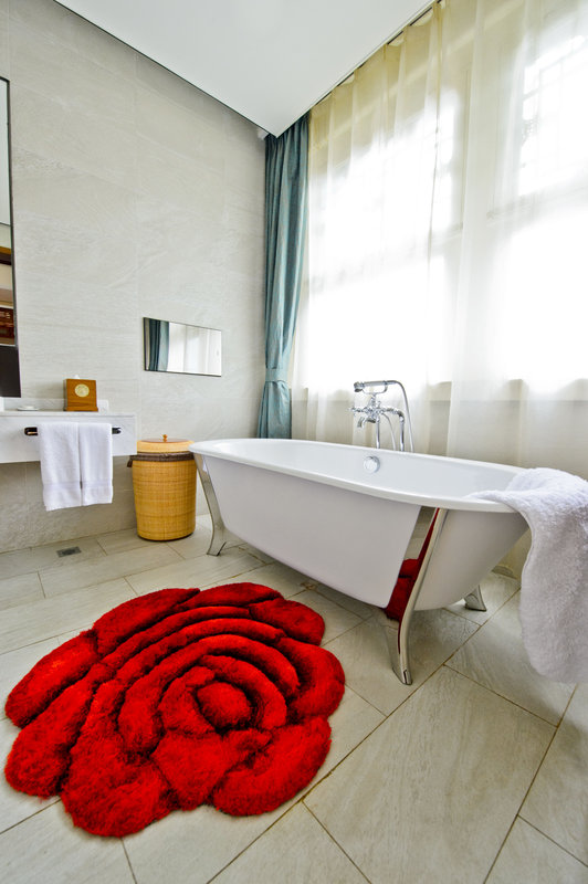 Bathtub Superior Room