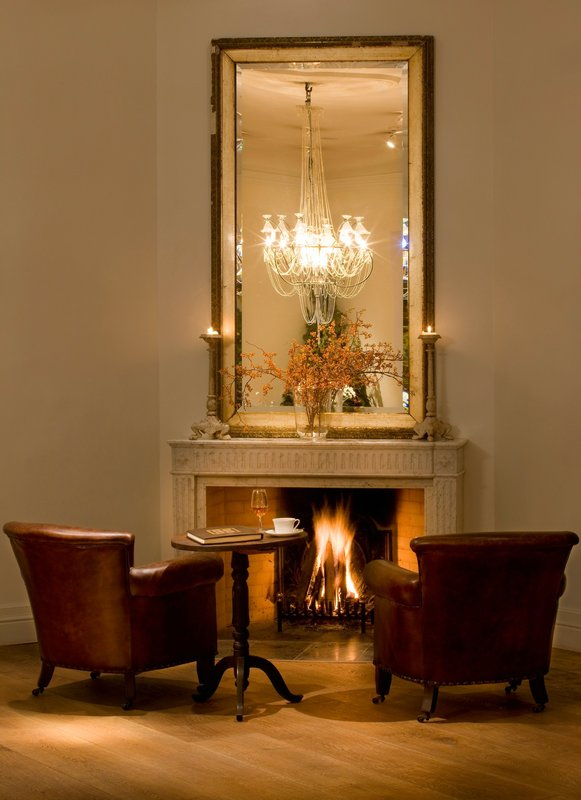 Restaurant Alexander fireplace