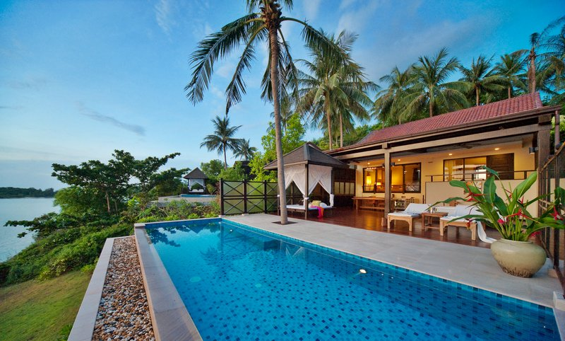 Seafront Pool Villa Terrace