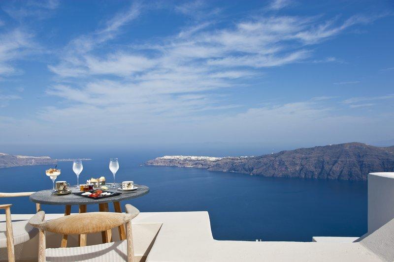 Veranda with Caldera Views
