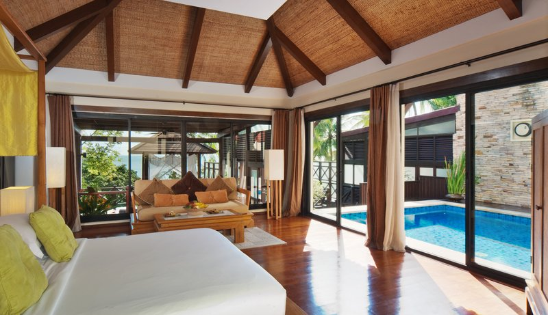 Guvnor Pool Villa Bedroom