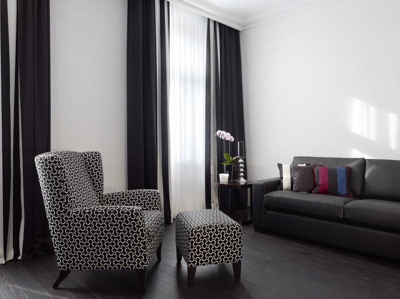 Suite Living Room