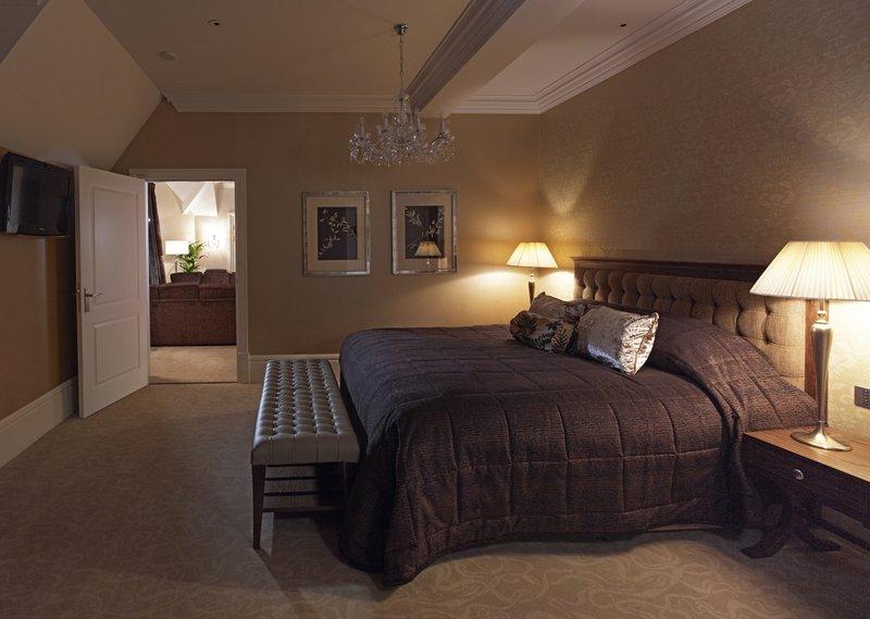 The Raine Suite Master Bedroom