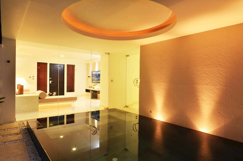 Spa Pool Suite