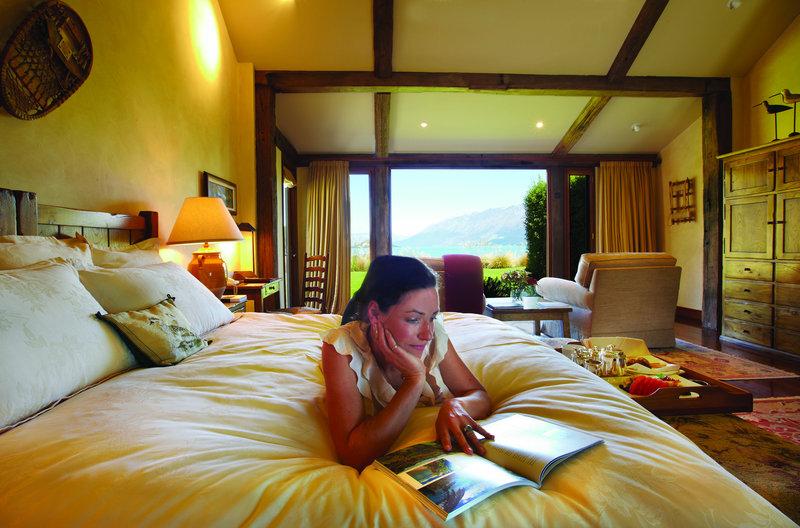 Blanket Bay Chalet Room