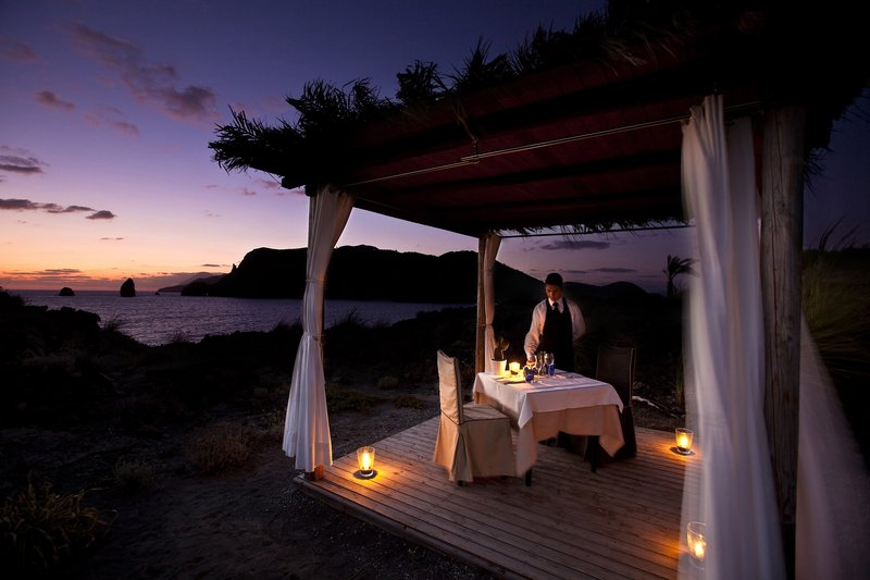 Romantic Dinner with amazing Sea View