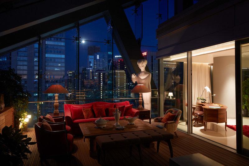 Deluxe Lagoon Suite - terrace