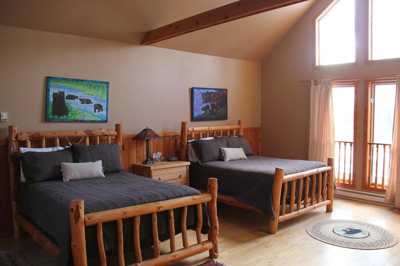 Black Bear Cottage Bedroom