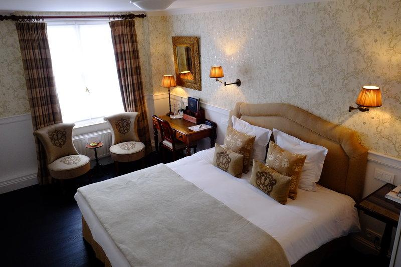 Charming Plus Room