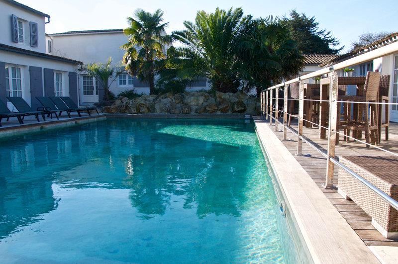 Main Outdoor Pool