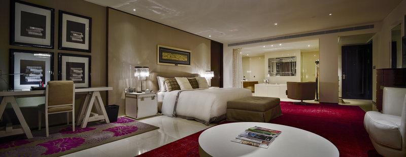 Champs Elysee Suite - Bedroom