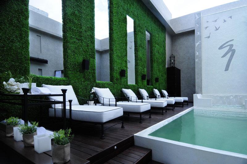 Outdoor heated pool and solarium