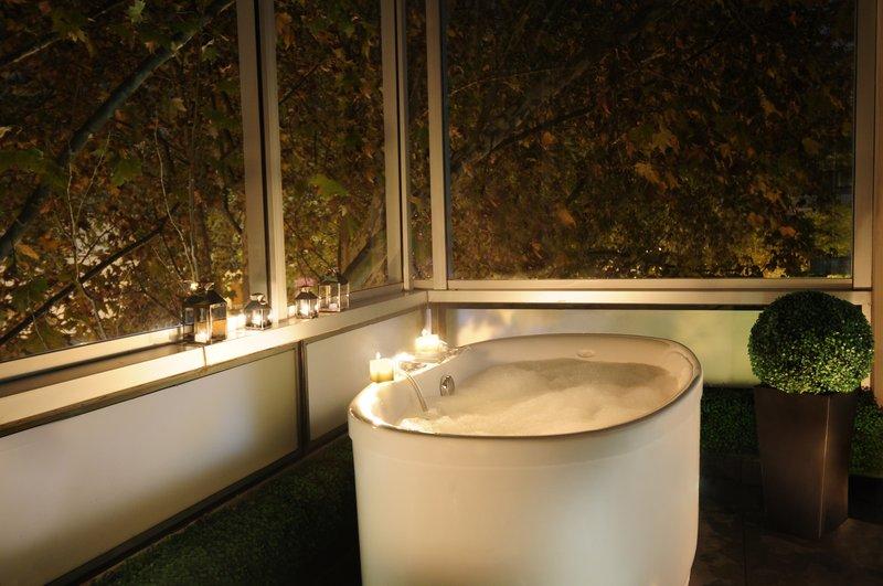 Indulging foam bath under the stars