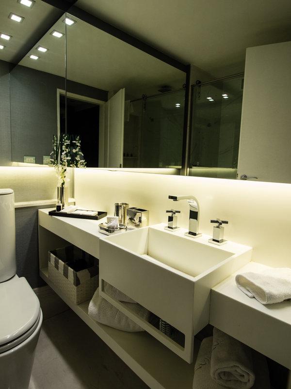 Stylish white marble bathroom