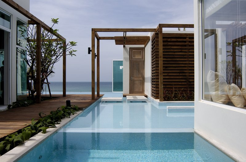 3 Bedroom Beachfront Pool Villa