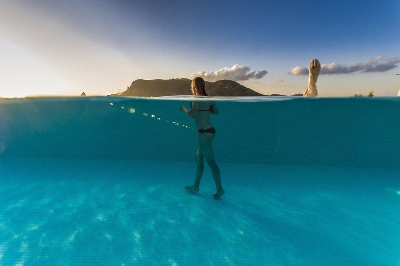 Therasia Resort Pool