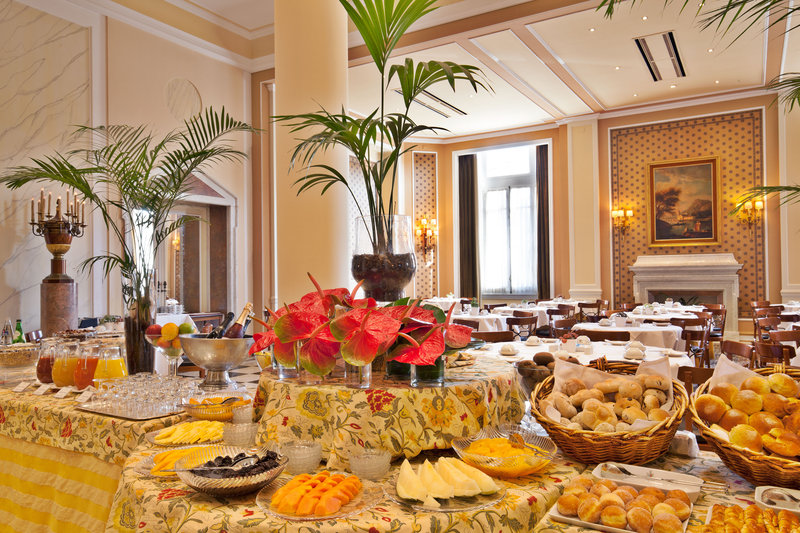 Buffet Breakfast Palacio Estoril Hotel