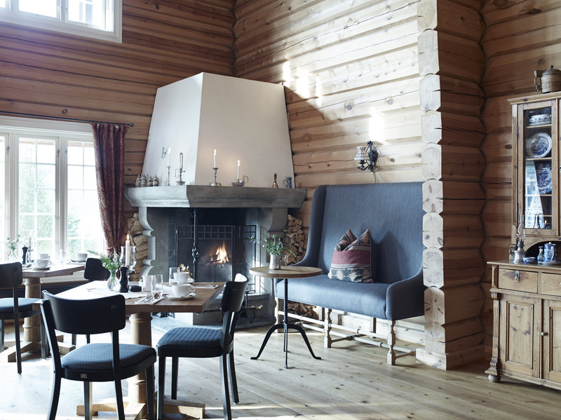 Open Fireplace Dining Room