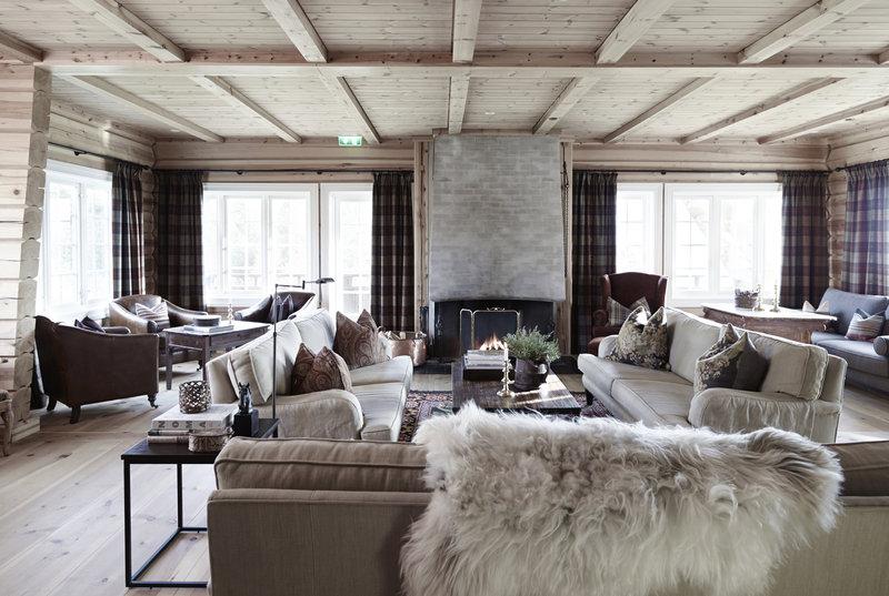 Open Fireplace Lounge
