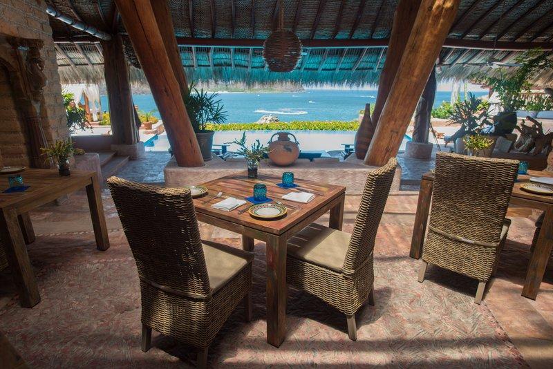 Villa El Ensueño- Dining Area