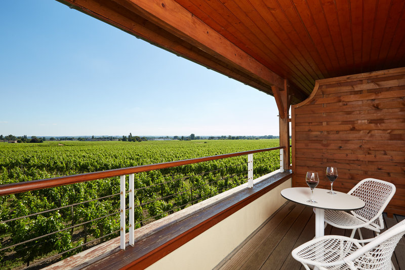 Vineyards House Deluxe Room Terrace