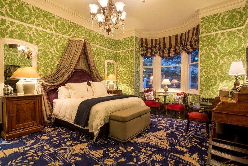 Premium Suite - Boult Suite Hulbert House